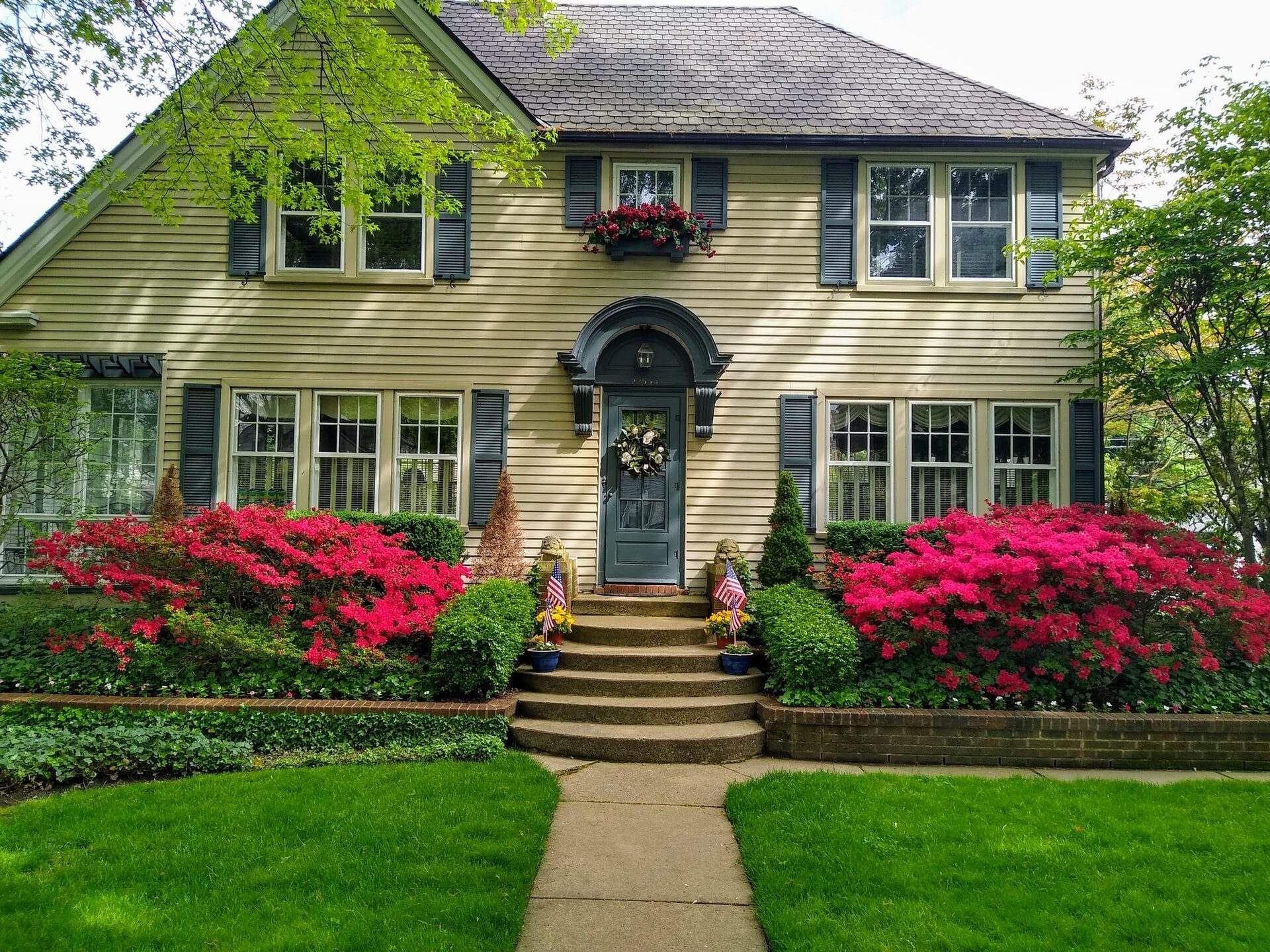 Landscaping: How to Get Your Lawn Ready for Spring